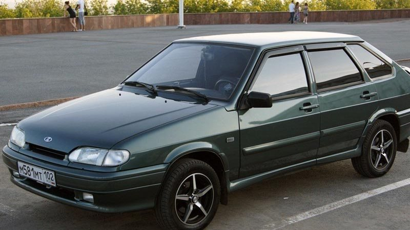 ВАЗ 2114: серо-зеленый металлик